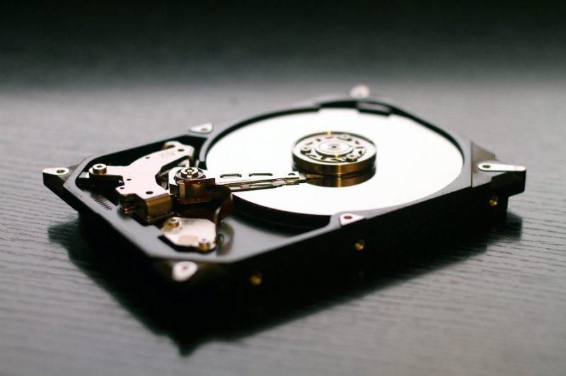 mengganti harddisk