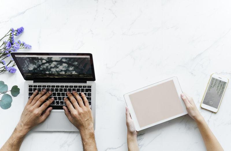 Dua Tipe Dari Software Utama