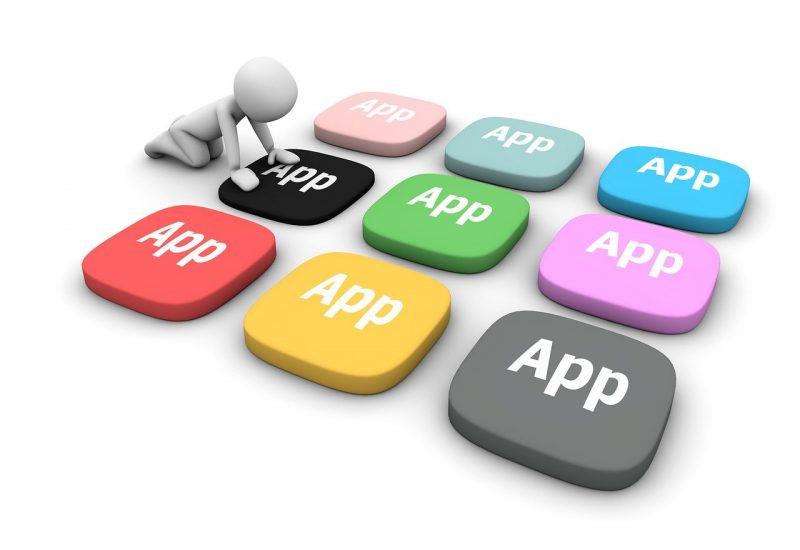 Gunakan Aplikasi Sesuai Spesifikasi Laptop